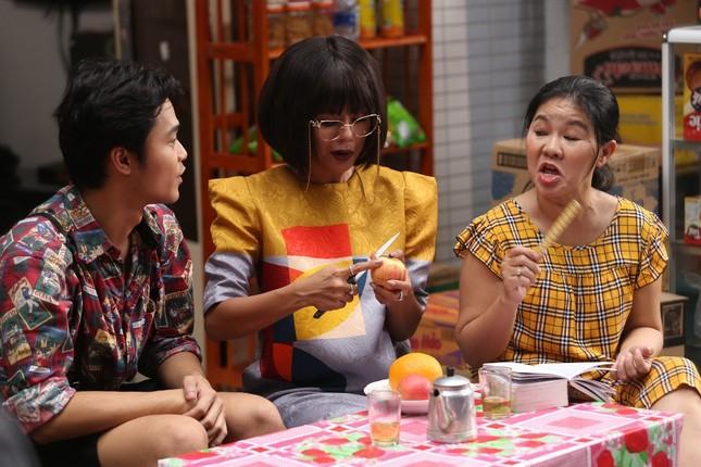 """Bị Quang Trung ép lấy chồng, Nam Thư lên kế hoạch cặp kè """"trai cong"""" ảnh 2"""