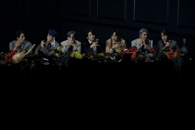 """BTS lại khiến fan chao đảo với bộ ảnh concept ver 3 của album """"MOTS: 7"""" ảnh 1"""