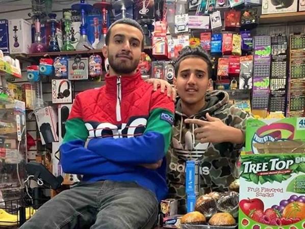 Anh Alwan (trái) và em trai.