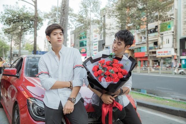 """Dương Edward, Hằng BingBoong cùng dàn nghệ sĩ trẻ V-Pop tụ họp, tung """"thính"""" cực ngọt ngày Valentine ảnh 3"""