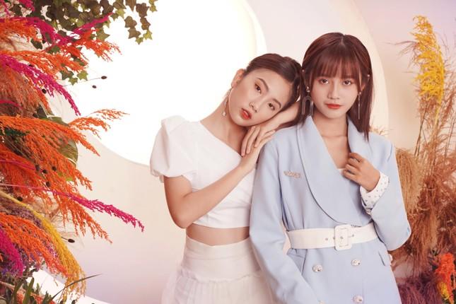 """SGO48 tung bộ ảnh """"chị chị em em"""" dịp Valentine khiến fan phấn khích ảnh 1"""