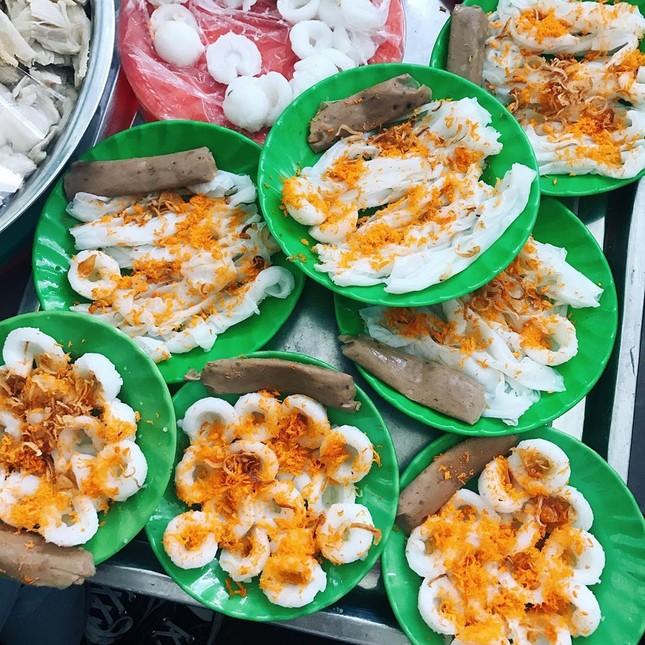 """Những khu ẩm thực nổi tiếng cực thu hút các """"thực thần"""" ở Đà Nẵng ảnh 1"""