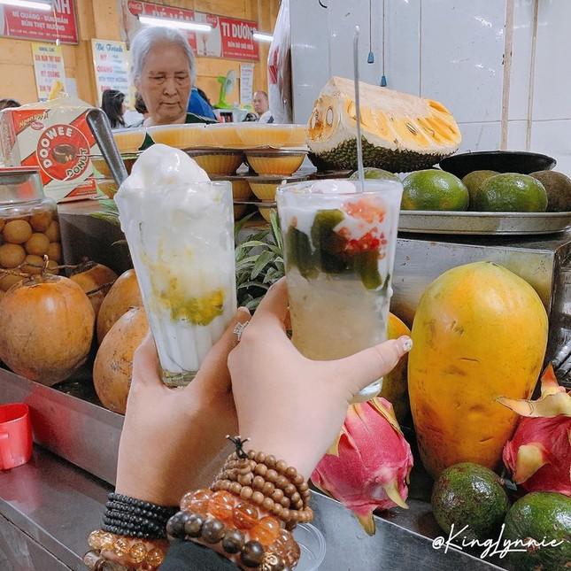 """Những khu ẩm thực nổi tiếng cực thu hút các """"thực thần"""" ở Đà Nẵng ảnh 4"""