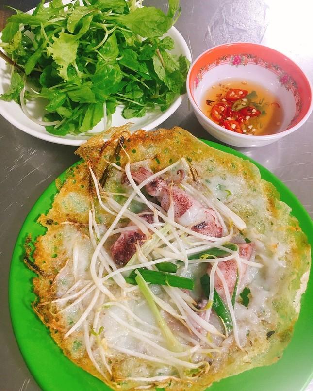 """Những khu ẩm thực nổi tiếng cực thu hút các """"thực thần"""" ở Đà Nẵng ảnh 11"""