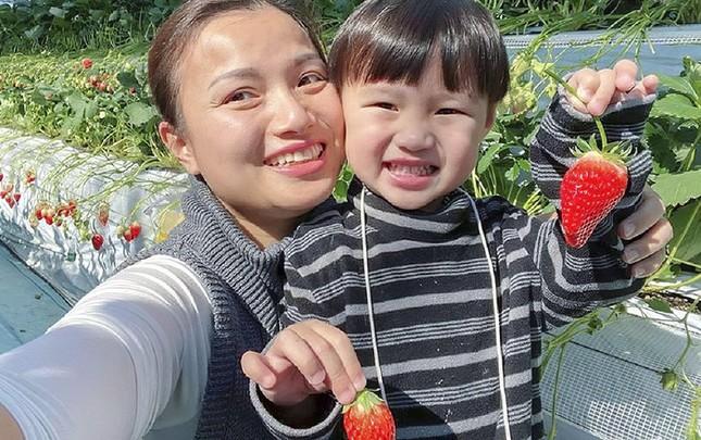 Chật vật vì luật mới của YouTube, Quỳnh Trần đã tìm được cách để có thể quay vlog cùng bé Sa ảnh 2