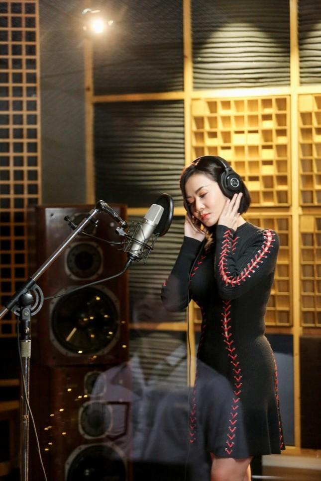 Thu Minh dành tặng riêng ca khúc mới cho những tâm hồn cô đơn mùa Valentine ảnh 6
