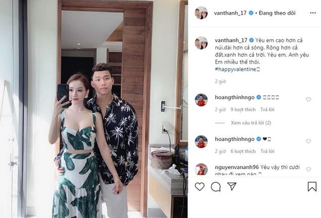 Đức Chinh, Văn Thanh khoe ảnh ngọt ngào bên bạn gái trong Valentine ảnh 3