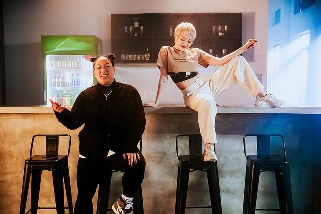 """Brittanya Karma tham gia MV của Bảo Anh, trổ tài bắn rap """"cực gắt"""" ảnh 1"""