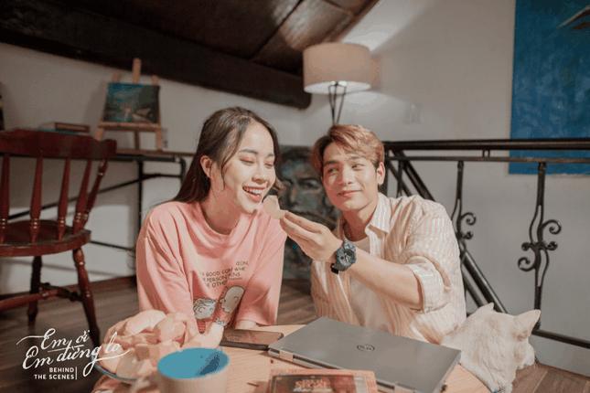 """Yong Anh kể chuyện tình yêu xa bằng những lời ca ngọt ngào với """"Em ơi em đừng lo"""" ảnh 5"""