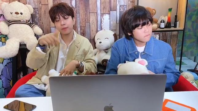 """Quán quân """"Vietnam Idol Kids"""" Thiên Khôi mời R.TEE tham gia hát rap trong ca khúc mới ảnh 2"""