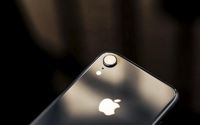 Chiếc iPhone rẻ nhất của Apple sẽ được trình làng vào tháng Ba tới ảnh 1