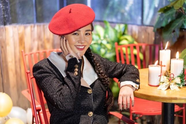 Hứa Kim Tuyền mong Văn Mai Hương giúp thoát ế khi thể hiện ca khúc mới ảnh 1