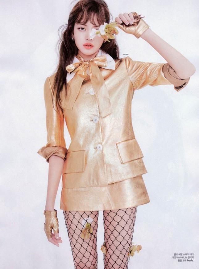 Chỉ có thể là Lisa: mặc đồ siêu kén dáng nhưng vẫn sang chảnh hết phần thiên hạ ảnh 2