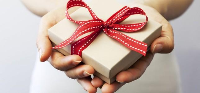 Món quà ý nghĩa hơn tất cả sẽ chẳng bao giờ mua được bằng tiền ảnh 1
