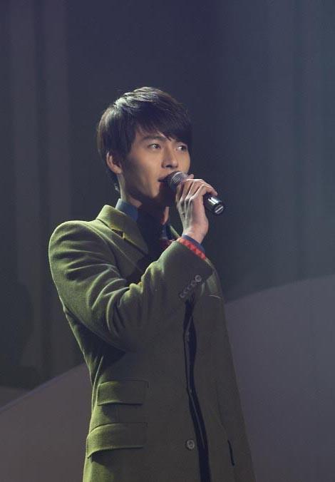 Hyun Bin: Vạn vật thay đổi, duy chỉ có sự đẹp trai là ở lại suốt 15 năm  ảnh 5