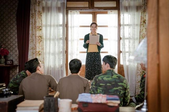 """Tuyệt đỉnh thả thính """"không thể không dính"""" từ nàng tài phiệt phương nam Yoon Se Ri ảnh 4"""