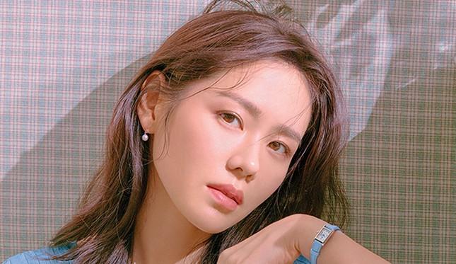 """Ngạc nhiên chưa, Son Ye Jin lọt top """"tứ đại nữ thần"""" cùng ba idol đàn em ảnh 6"""