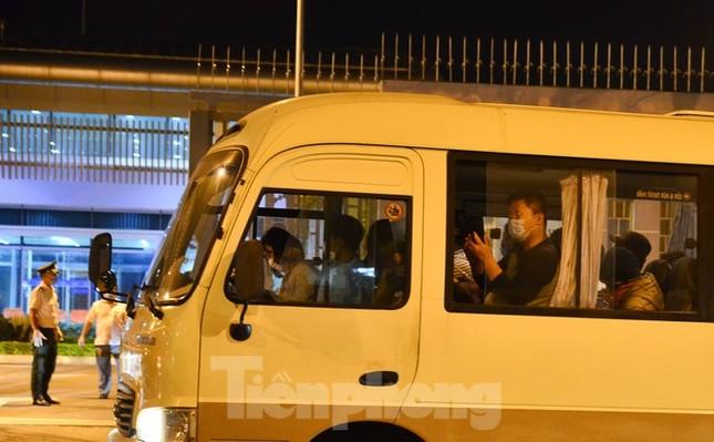Đoàn du khách của Daegu rời Đà Nẵng về Hàn Quốc lúc nửa đêm ảnh 3
