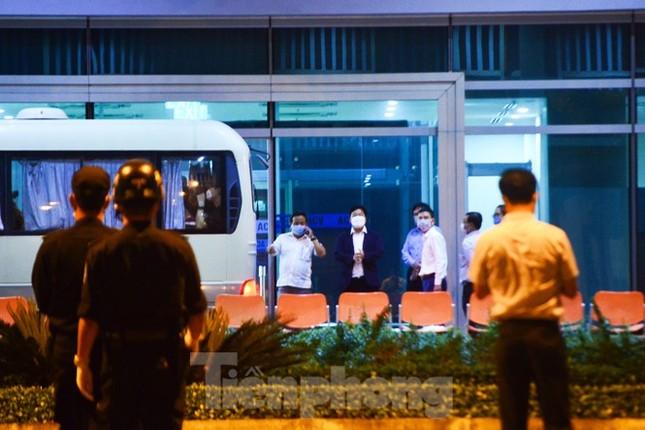 Đoàn du khách của Daegu rời Đà Nẵng về Hàn Quốc lúc nửa đêm ảnh 4