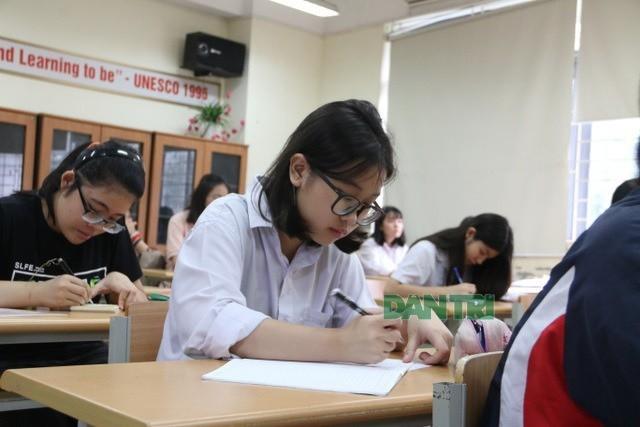 Chủ tịch Hà Nội: Chiều 28/2 sẽ quyết định học sinh đi học hay nghỉ tiếp ảnh 1