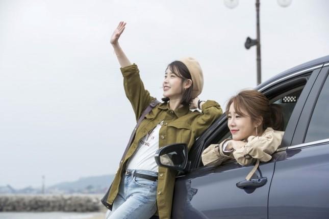 Sốc cực độ khi Yoo In Na khẳng định giờ này chưa kết hôn là vì IU  ảnh 2