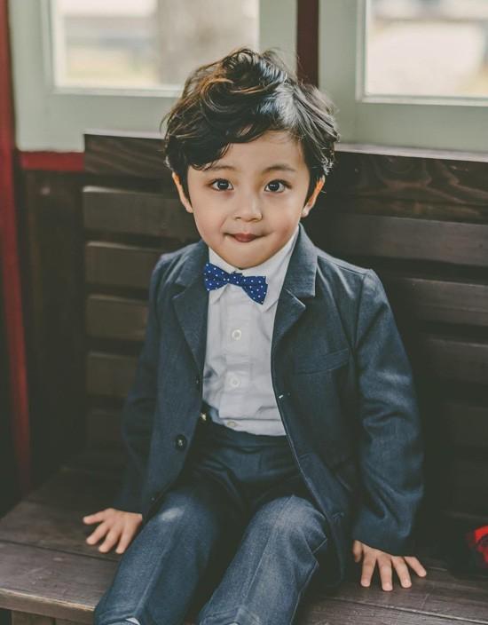 Ngạc nhiên chưa, con gái của Kim Tae Hee trong phim mới hóa ra là bé trai ảnh 3