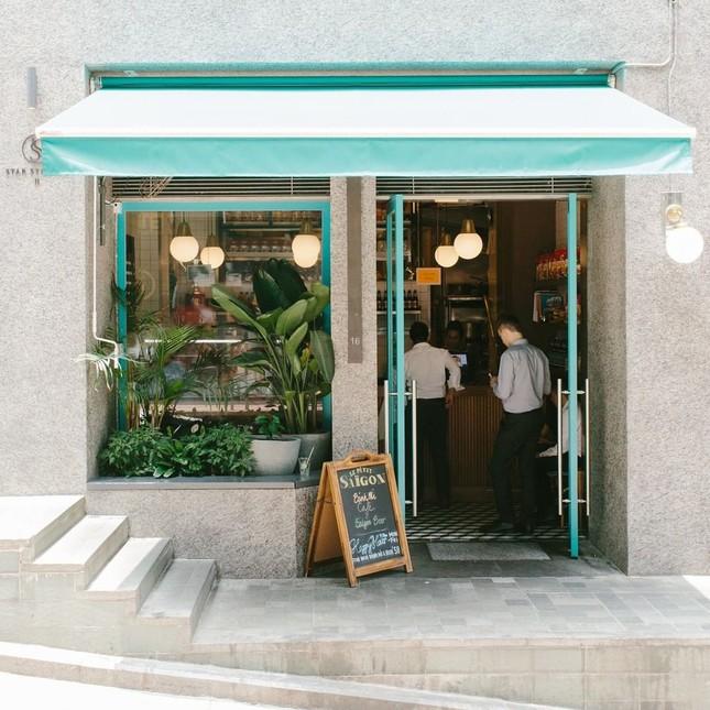 Những tiệm bánh mì Việt Nam nổi tiếng và được khắp thế giới yêu thích ảnh 2