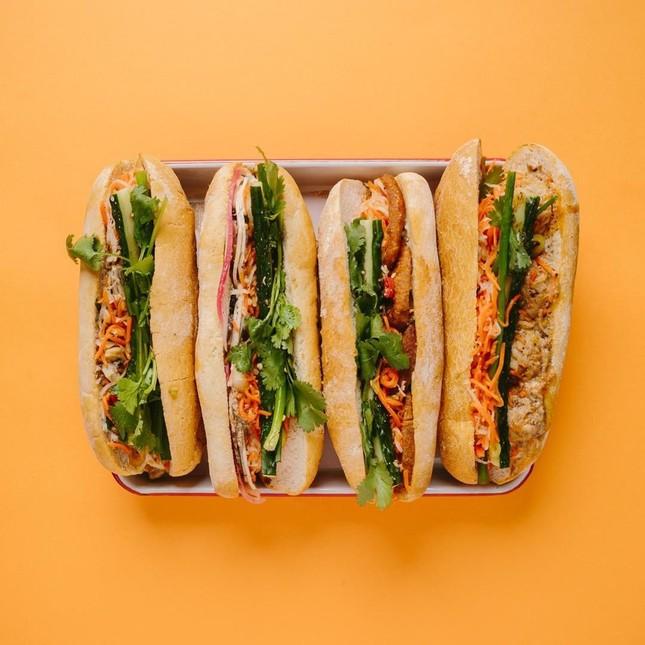 Những tiệm bánh mì Việt Nam nổi tiếng và được khắp thế giới yêu thích ảnh 4