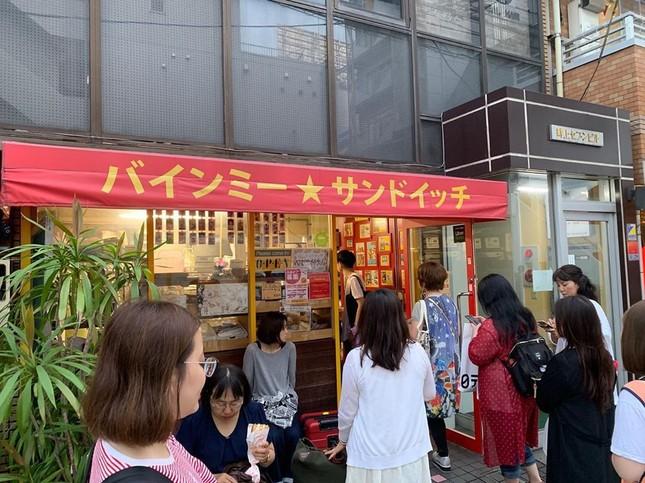 Những tiệm bánh mì Việt Nam nổi tiếng và được khắp thế giới yêu thích ảnh 8