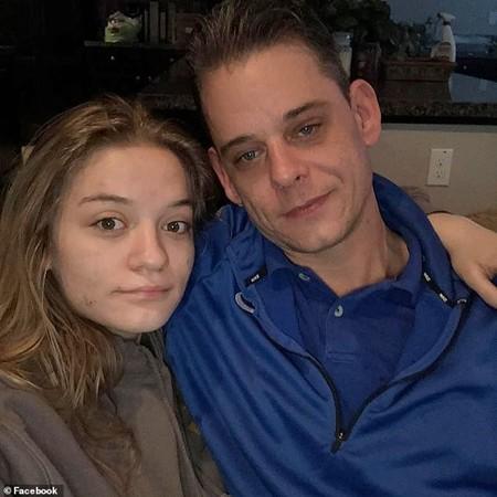 Bác Catterson cùng con gái 16 tuổi, khi con gái bác còn sống.