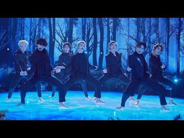 """Fan xót xa nhìn Jin và Jungkook tập nhảy chân trần với vũ đạo siêu khó của """"ON"""" ảnh 3"""