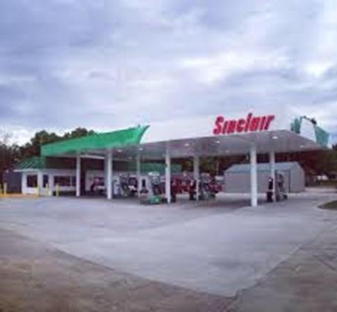 Trạm xăng, nơi bác Matherly mua vé số.