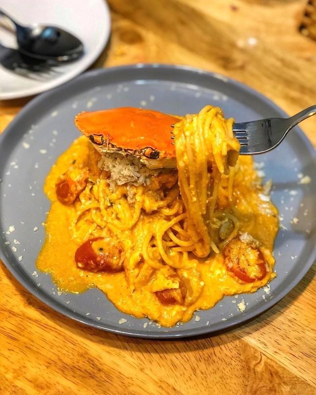 Thưởng thức spaghetti mai cua và 5 món ngon làm từ cua tại TP.HCM ảnh 2