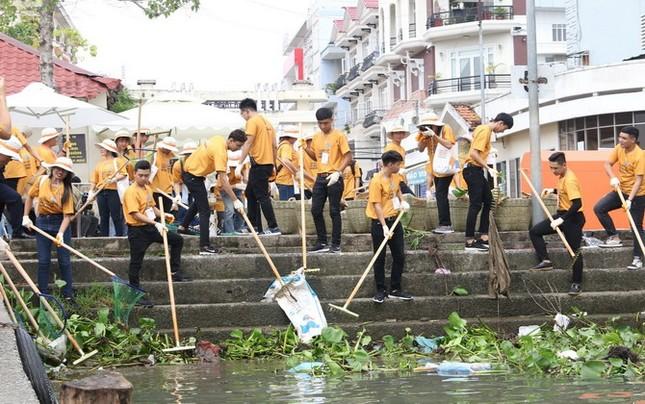 """""""Làm sạch sông Mê Kông"""" bằng năng lượng Mặt Trời"""