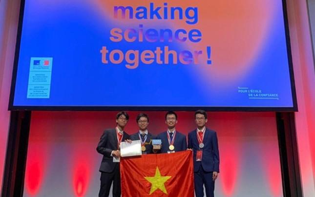 Học sinh Việt đoạt huy chương vàng, bạc Olympic Hóa học quốc tế
