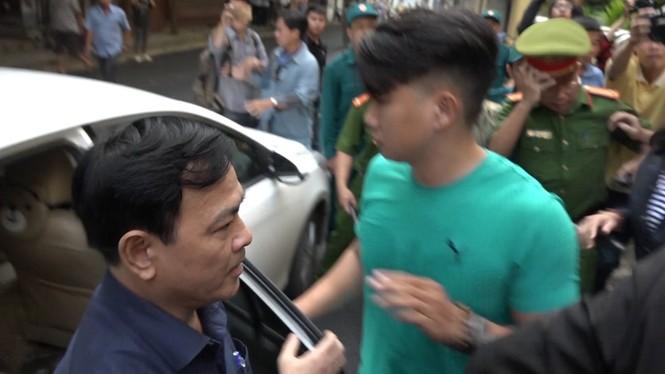 Cựu Viện phó Viện KSND TP Đà Nẵng Nguyễn Hữu Linh lĩnh 18 tháng tù - ảnh 1