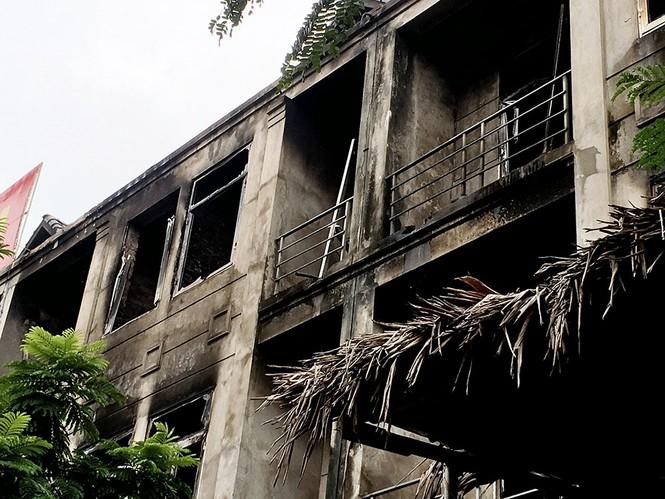 Dãy nhà tan hoang ở Thiên đường Bảo Sơn sau vụ cháy khủng khiếp - ảnh 17