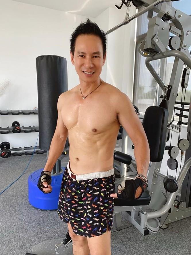 Showbiz 15/5: Lý Hải tự tin với body săn chắc ở tuổi 52, Bích Phương tung sản phẩm mới - ảnh 5