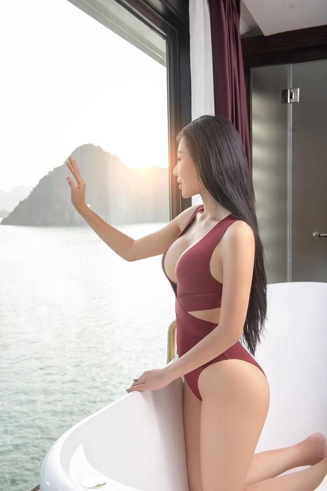 Thanh Hương 'Lan Cave' tung ảnh bikini khoe vòng 1 căng đầy - ảnh 11
