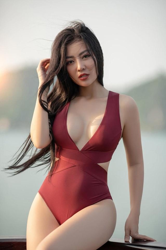 Thanh Hương 'Lan Cave' tung ảnh bikini khoe vòng 1 căng đầy - ảnh 9