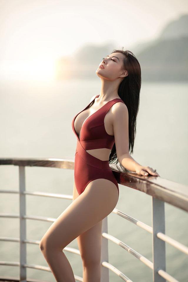 Thanh Hương 'Lan Cave' tung ảnh bikini khoe vòng 1 căng đầy - ảnh 8