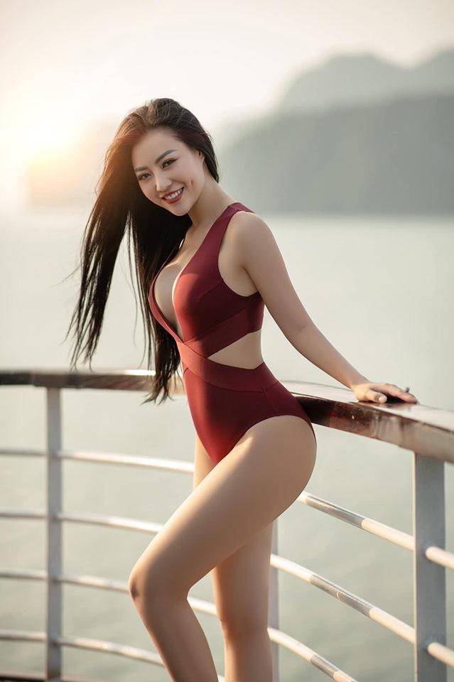 Thanh Hương 'Lan Cave' tung ảnh bikini khoe vòng 1 căng đầy - ảnh 2