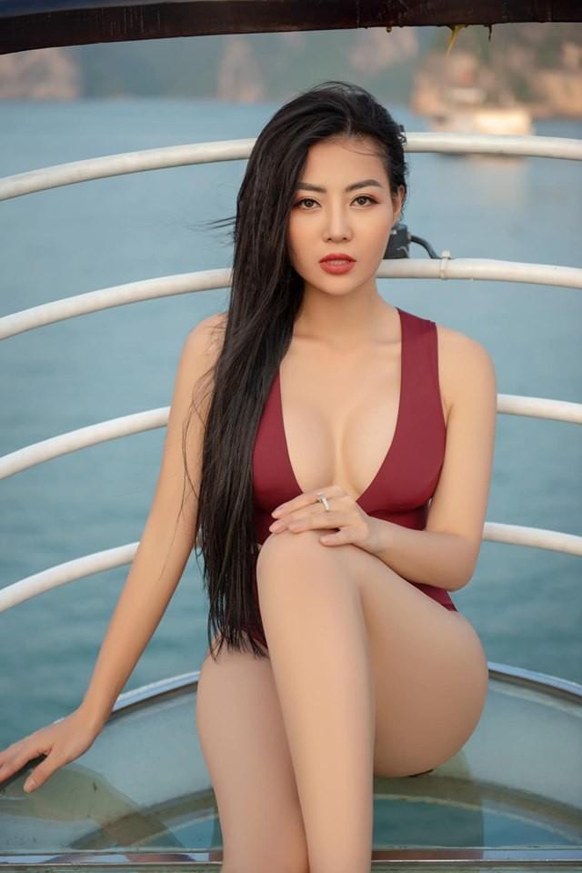 Thanh Hương 'Lan Cave' tung ảnh bikini khoe vòng 1 căng đầy - ảnh 7