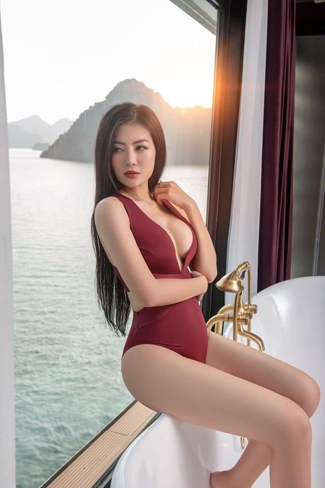 Thanh Hương 'Lan Cave' tung ảnh bikini khoe vòng 1 căng đầy - ảnh 5