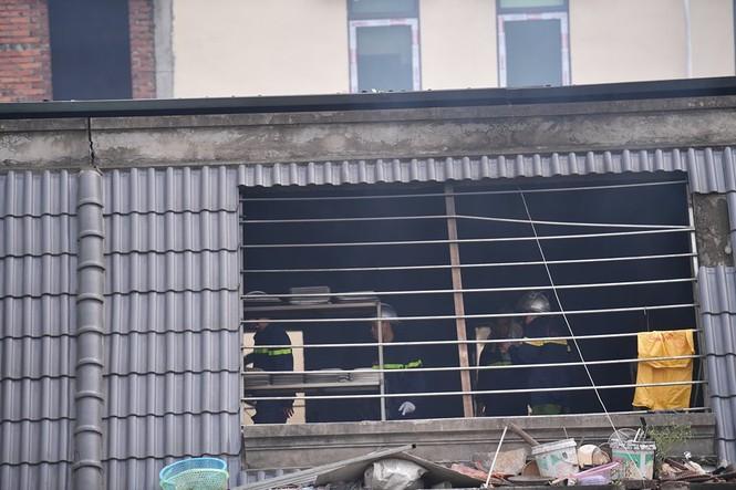 Dãy nhà tan hoang ở Thiên đường Bảo Sơn sau vụ cháy khủng khiếp - ảnh 10