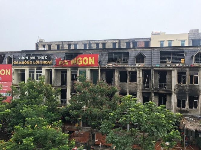 Dãy nhà tan hoang ở Thiên đường Bảo Sơn sau vụ cháy khủng khiếp - ảnh 4