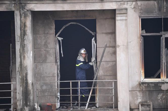Dãy nhà tan hoang ở Thiên đường Bảo Sơn sau vụ cháy khủng khiếp - ảnh 12