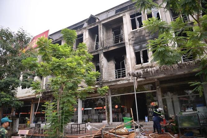 Dãy nhà tan hoang ở Thiên đường Bảo Sơn sau vụ cháy khủng khiếp - ảnh 20