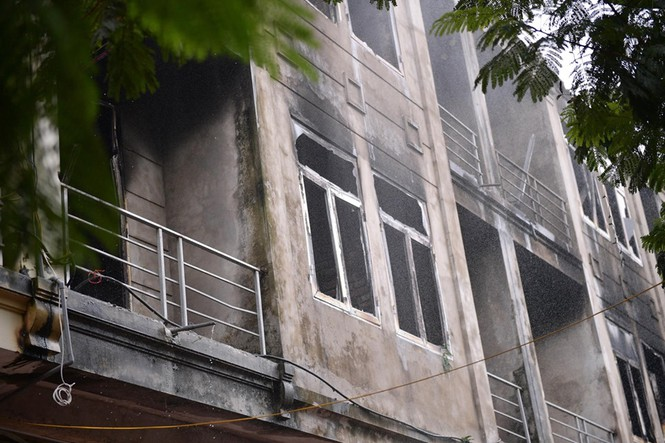 Dãy nhà tan hoang ở Thiên đường Bảo Sơn sau vụ cháy khủng khiếp - ảnh 19