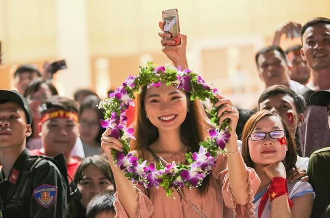 Phan Văn Đức đã chia tay bạn gái là Top 10 Hoa hậu Hoàn vũ Việt Nam - ảnh 4